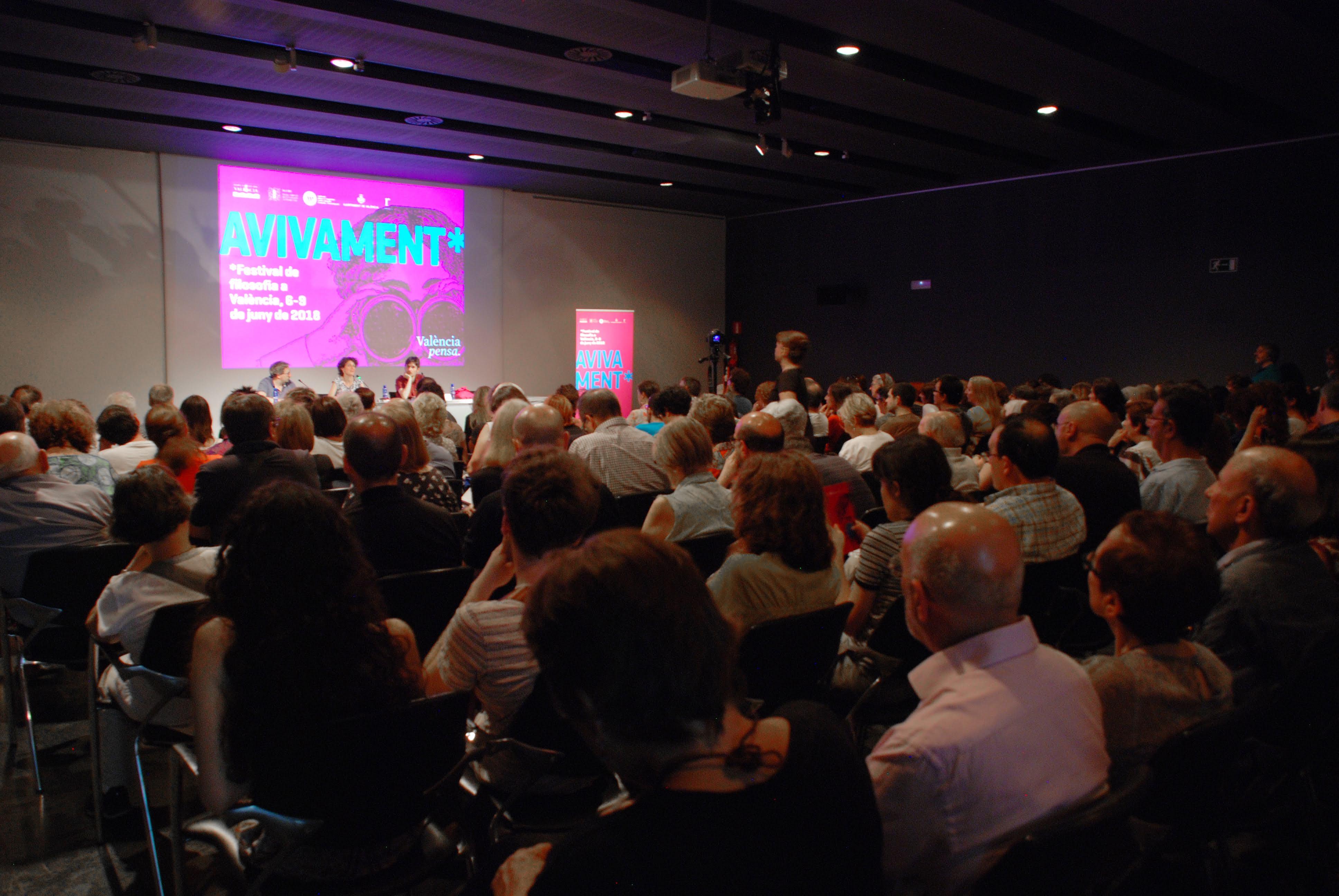 Mesa redonda ¿Es el feminismo el marxismo del siglo XXI?: Cristina Fallarás y Jesús García Cívico | MuVIM, 7 junio 2019, 20 h. #Avivament2019 #Streaming