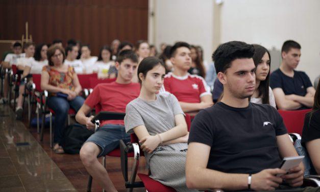 Tú no eres feminista porque eres simpática [Marta Sanz en Avivament 2019] | VP-2019-06